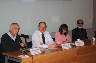 Enla foto: Panelistas que expusieron en el taller de accesibilidad web